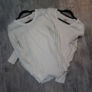 2 Mossimo thermal tops